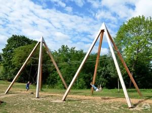 10.9300_Partner Swing Pyramid_041