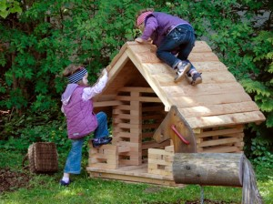 4.10105_Smallest Play House_002