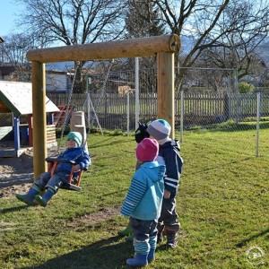 6.12000 Toddler's Swing_015