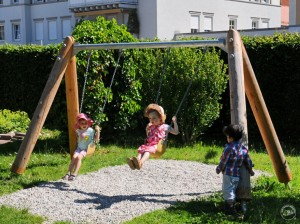 6.12720_Toddler's Twin Swing special_001